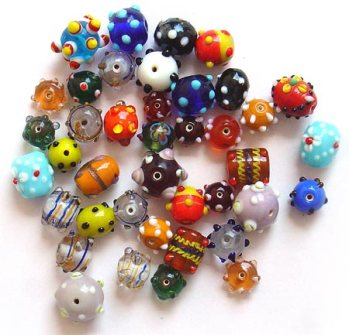 Glass-beads4
